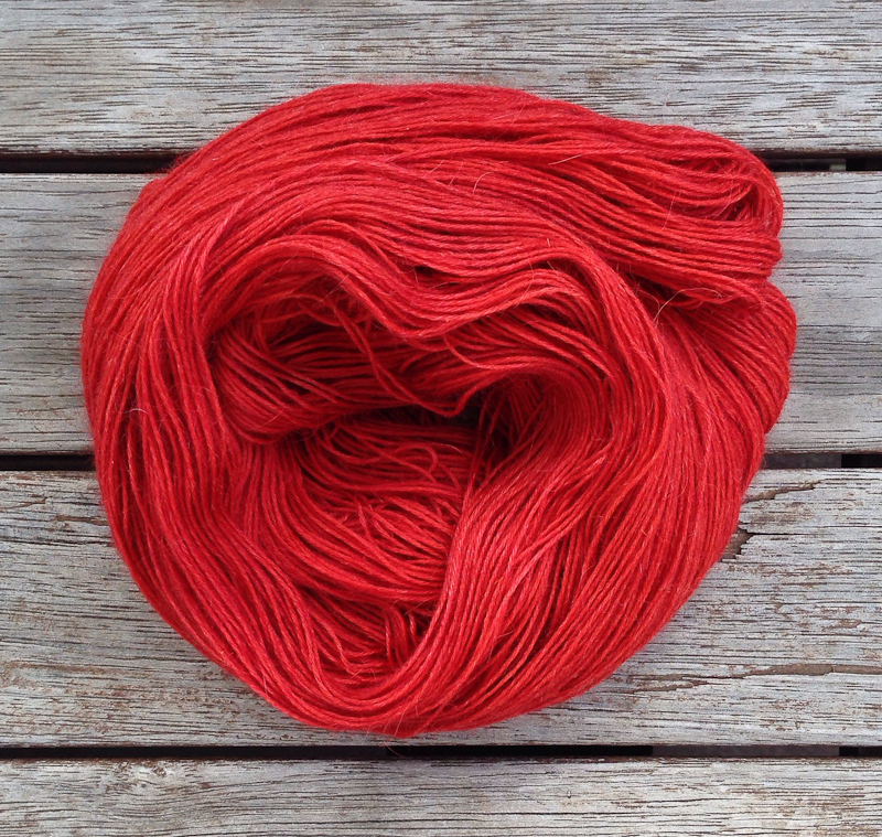 madder root dyed yarn