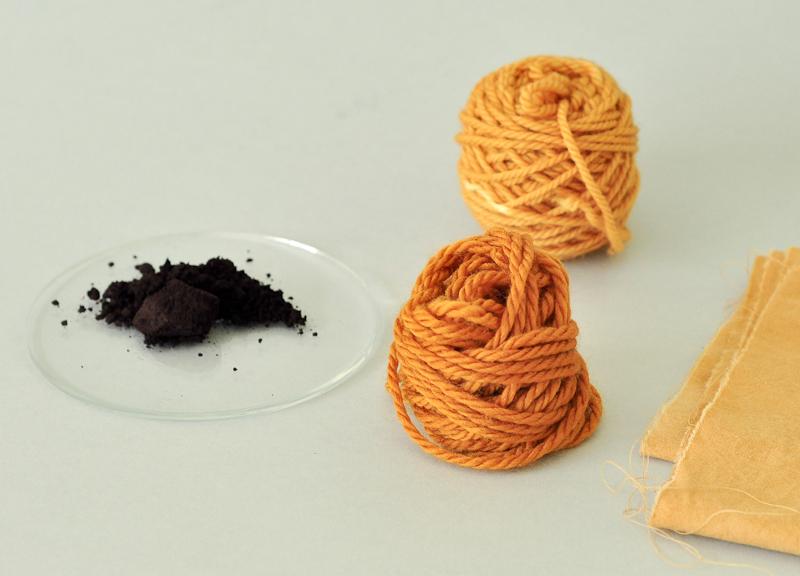 Fustic dye © Victoria Pemberton 2014